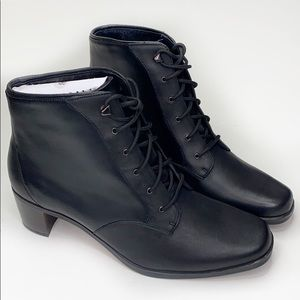 SPORTO Black Leather Ankle Boots 9.5